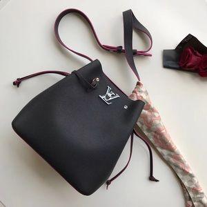 $300 Louis Vuitton bag